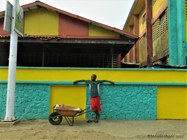 A break from work?, Monrovia, Liberia, April 2017