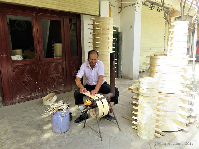 Bent-woodware craftsman, Old Town, Kashgar, Xinjiang, September 2018