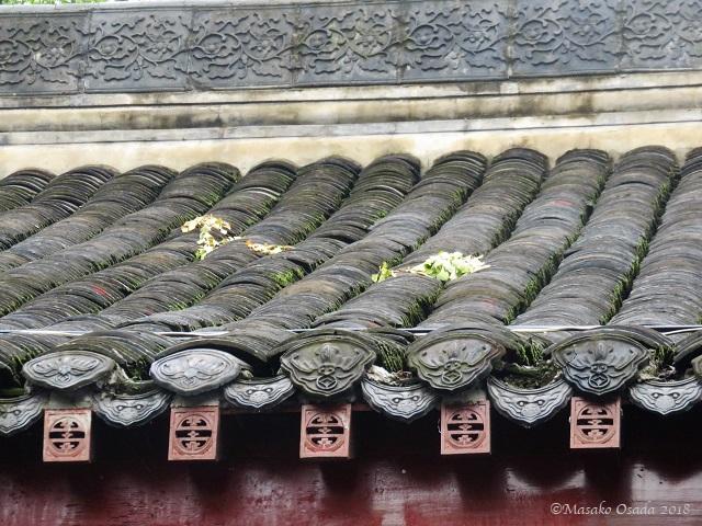 Roof. Wenshu Monastery, Chengdu, Sichuan, September 2018
